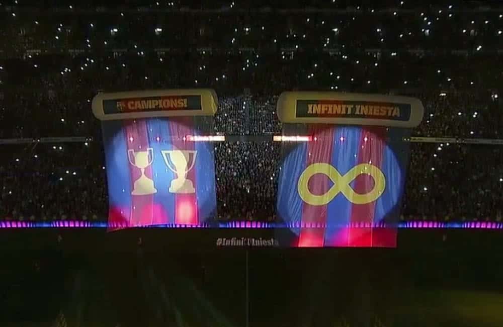 FC Barcelona pitch banners attached to inflatable tubes | XG Group