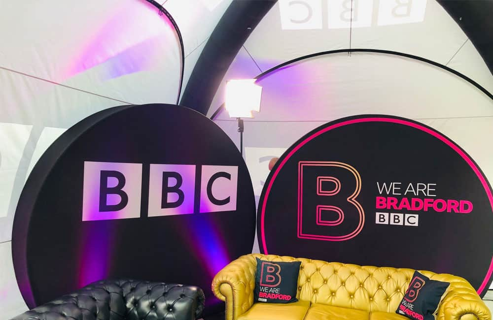 3D Disk Stretch Fabric Displays for BBC