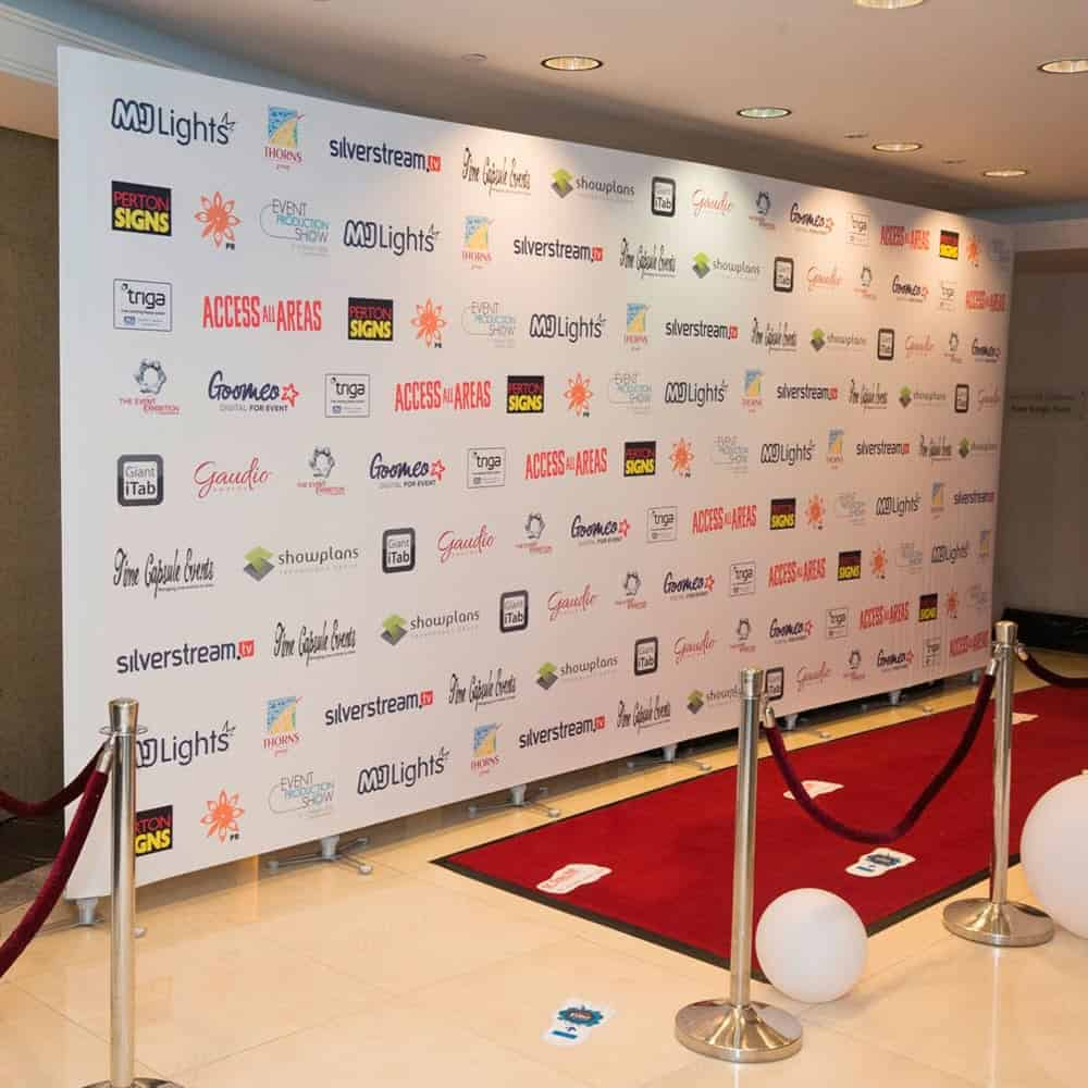 Freestanding tension fabric backdrops